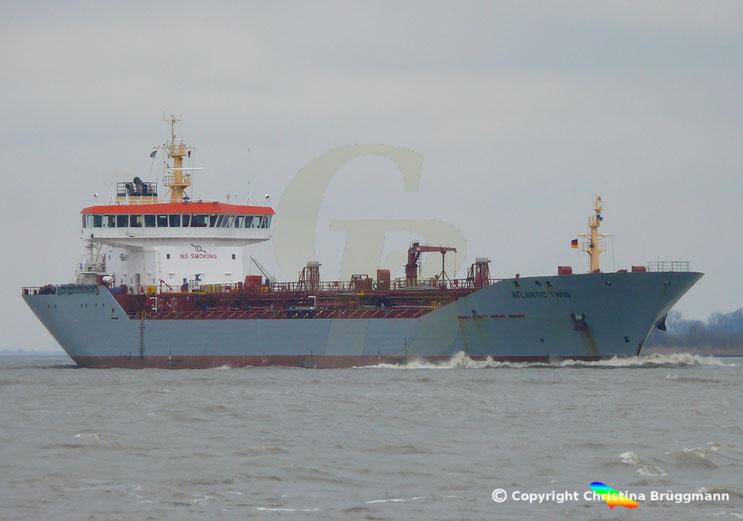 Chemie-/ Öltanker ATLANTIC TWIN, Elbe 13.03.2018