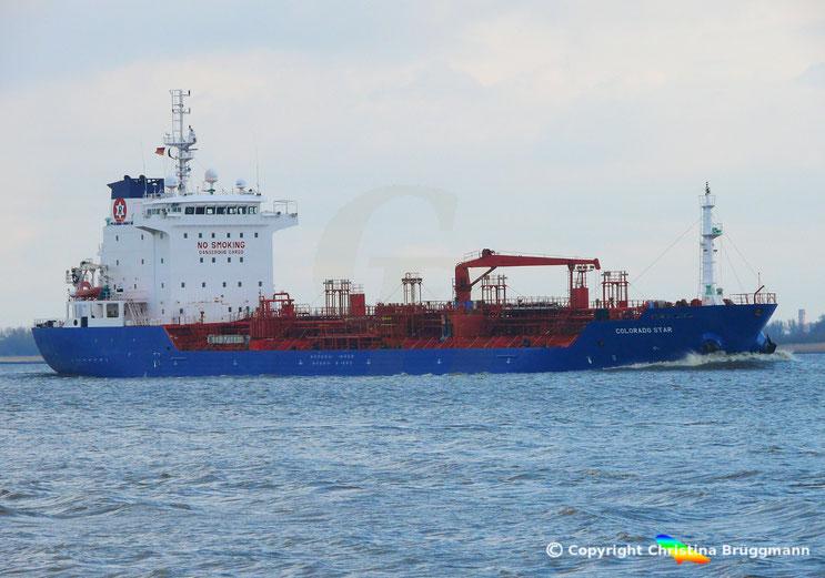 """Tanker """"COLORADO STAR"""" auf der Elbe 27.03.2015"""