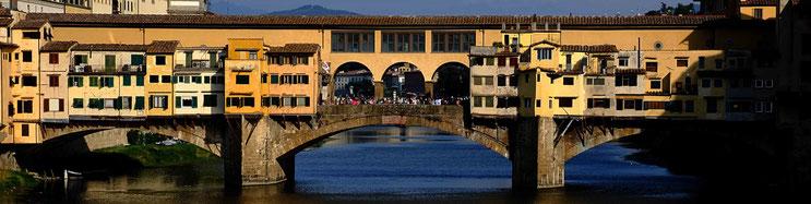 Le ponte Vecchio vu du pont Santa Trinita
