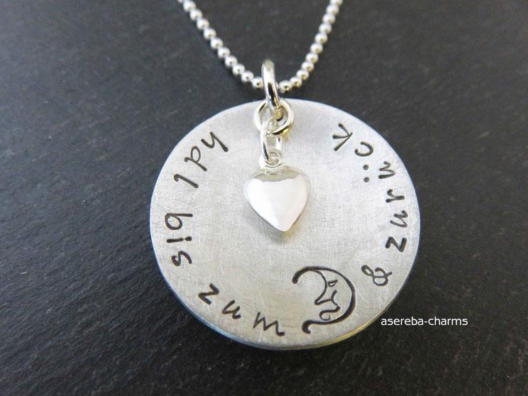 """Silberkette """"Hab Dich lieb bis zum Mond & zurück"""" (personalisiert auf der Rückseite mit Namen)"""