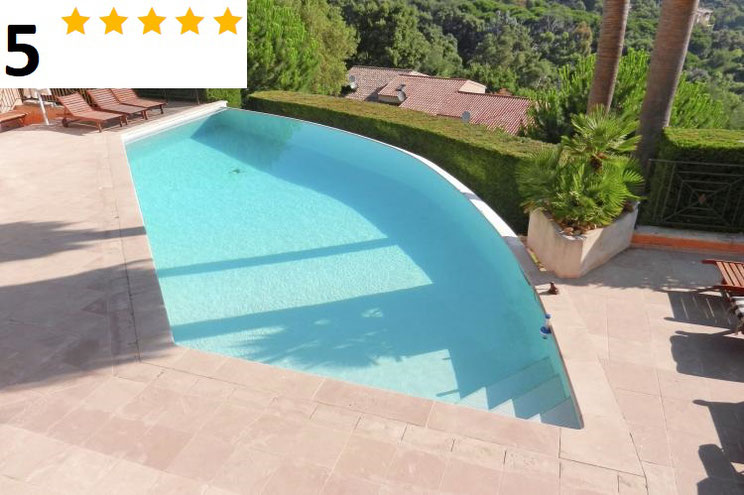 Te huur vakantiewoning aan de Côte d'Azur, Zuid Frankrijk met zwembad, internet en één hond toegestaan