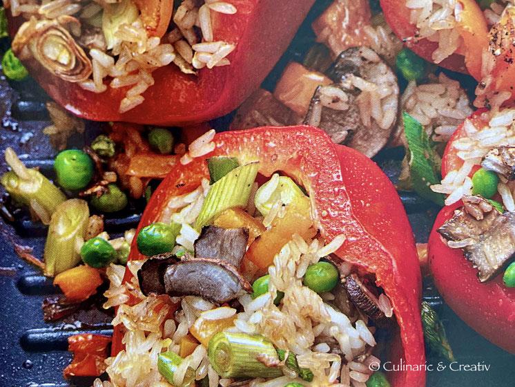 Gefüllte Paprika asiatisch