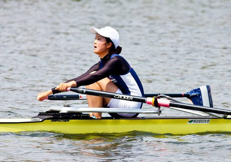 《決勝レース》この度の領木の軽量級出漕にあたりお世話になった、元日本ボート協会理事・一橋大学OBの辰巳様よりレースの写真をご提供いただきました