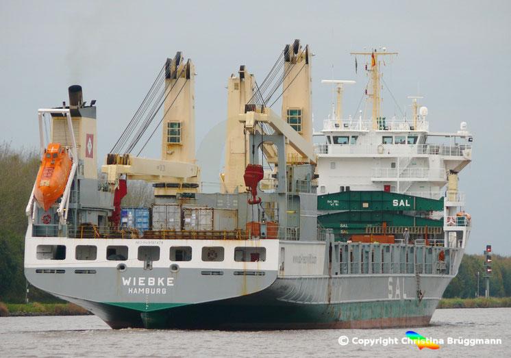 """Schwergutfrachte der SAL """"WIEBKE"""" auf dem Nord-Ostsee Kanal, 30.10.2017"""
