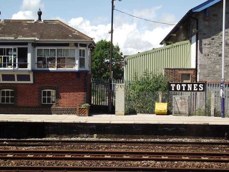 Totnes railway station, Exeter, Devon