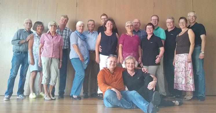 Zu einem Slow Fox Workshop hatten unsere Trainer Ralf Eschbach und Ines Herbert in die Stadthalle Schlüchtern geladen.