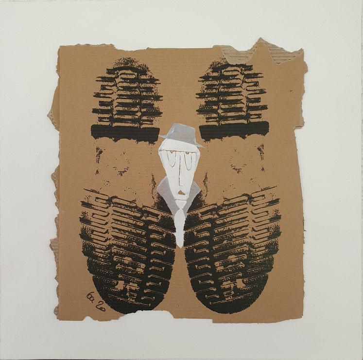 Cardboard Art Bild von Schuhen mit verstecktem Mann