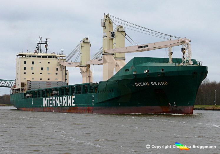 "Heavy Lift Vessel ""OCEAN GRAND"" auf dem Nord-Ostsee Kanal, 05.04.2018"