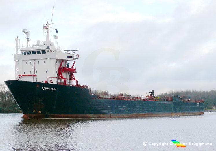 Heavy Load und Dockschiff PAPENBURG auf dem Nordostseekanal 05.01.2018