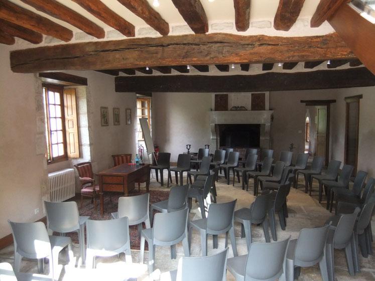 S minaire yonne auxerre site de chateauvillefargeau for Piscine auxerre tarif