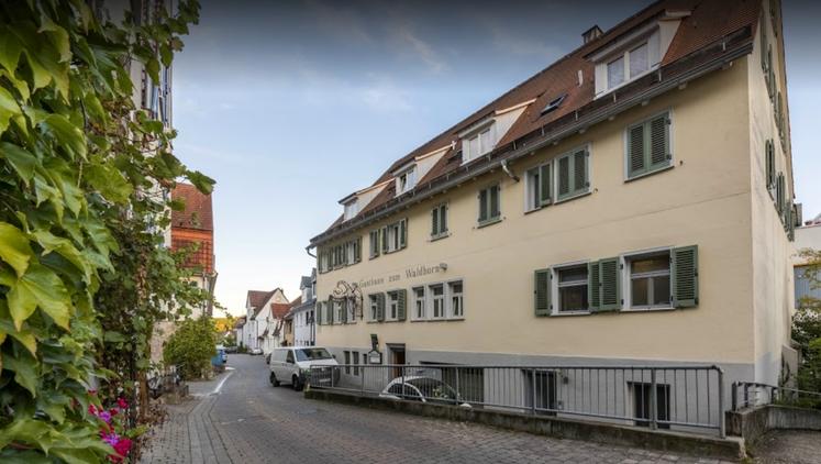 Wohn-und Geschäftshaus am Stuttgarter Weinwanderweg