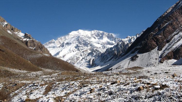 Aconcagua Südwand, fotografiert von Plaza Francia