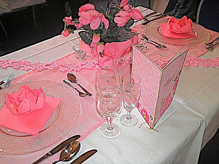 Tischdekoration - pink Lady - rosa Tischdecke Servietten