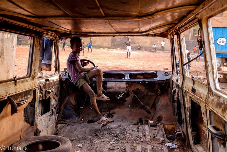 De profesión chofer. Bamako. Malí.