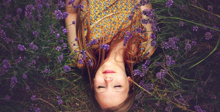 lavendelöl und andere ätherische öle helfen beim schlafen - weil es wirkt, evidenzbasierte aromatherapie für familien