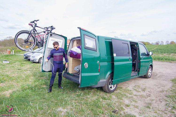 Die Dusche im VW Bus - So duscht man im Campervan