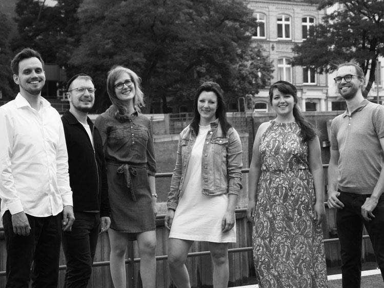 von links nach rechts: Henning, Patrick, Marie, Antonia, Lena, Nicolas