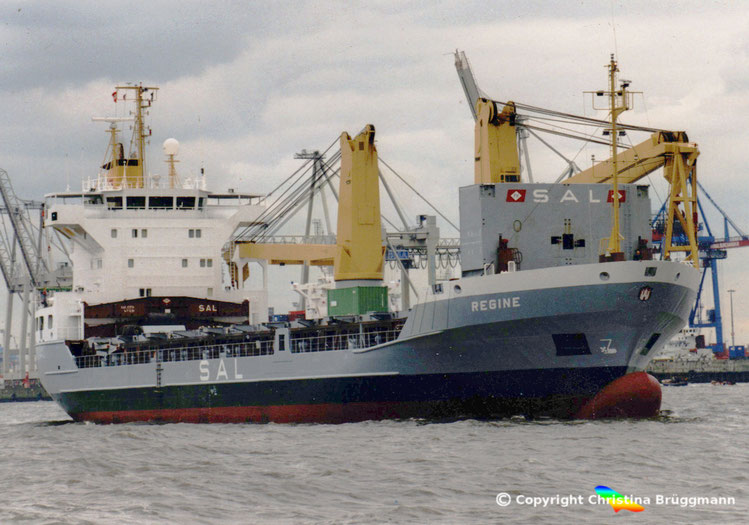 """Heavy Lift Vessel """"REGINE""""  Typ 132, der SAL Heavy Lift auf der Elbe 18.05.2001"""
