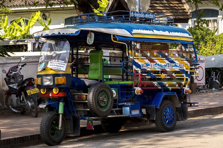Les tuktuks laos