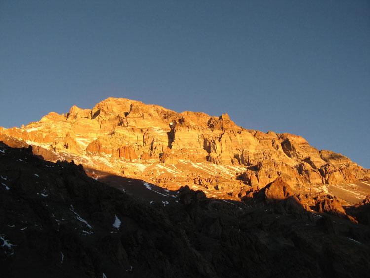 Aconcagua 6962 m, Fotografía desde Plaza de Mulas