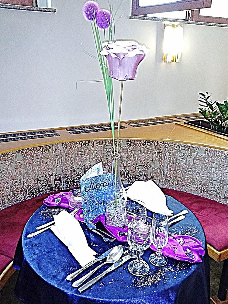 Tischedecke Tischdekoration Servietten Sterne