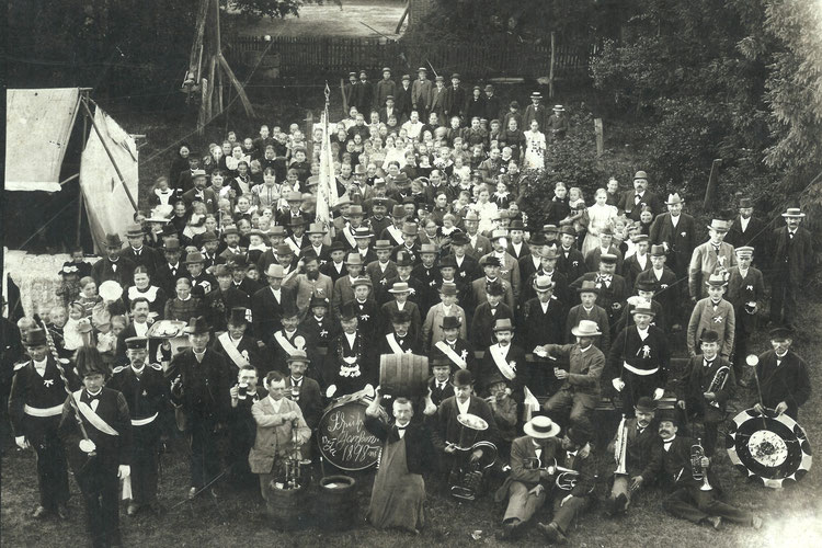 Schützenverein Garßen e. V. von 1891 - Gruppenbild Schützenfest 1898