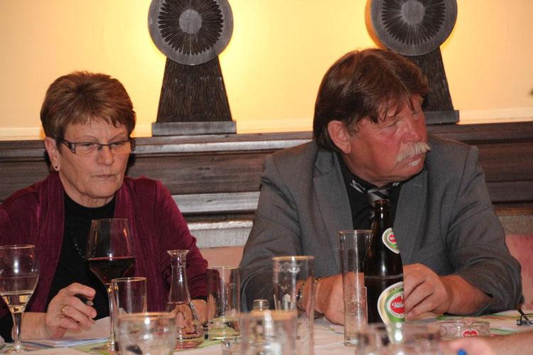 links: Schriftführerin Dagmar Thaler - rechts: Obmann Hans Gramer