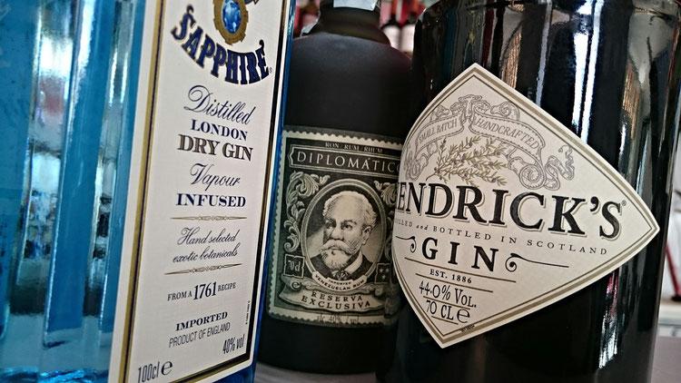 Gin Tasting Geburtstagsgeschenk Dassendorf Veranstaltungen Hofladen Aumühle Gintonic Gutschein mit Oliver Steffens