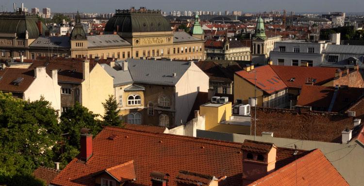 Zagrebas nuo Aukštutinio miesto sienos