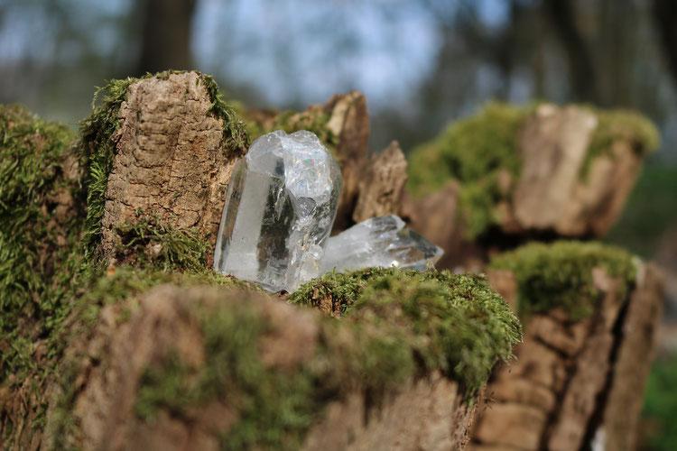 Heilwirkung Bergkristall Edelstein Stein Gestein Kiesel