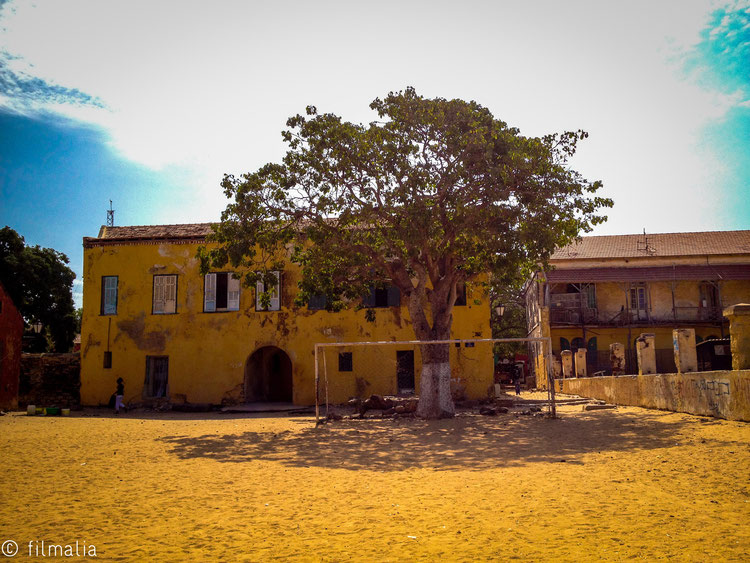 Portero estático. Isla de Gorée. Senegal. futbol
