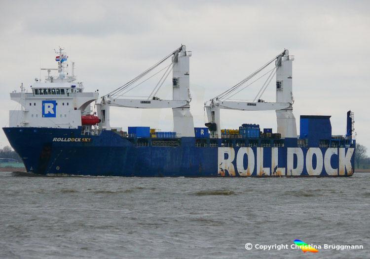 "Semi-Submersible, Ro-Ro, Heavy Lift Vessel ""ROLLDOCK SKY"" der niederländischen RollDock"