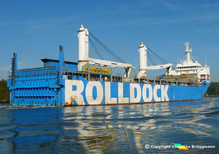 "Semi-Submersible, Ro-Ro, Heavy Lift Vessel ""ROLLDOCK STORM"" der niederländischen RollDock"