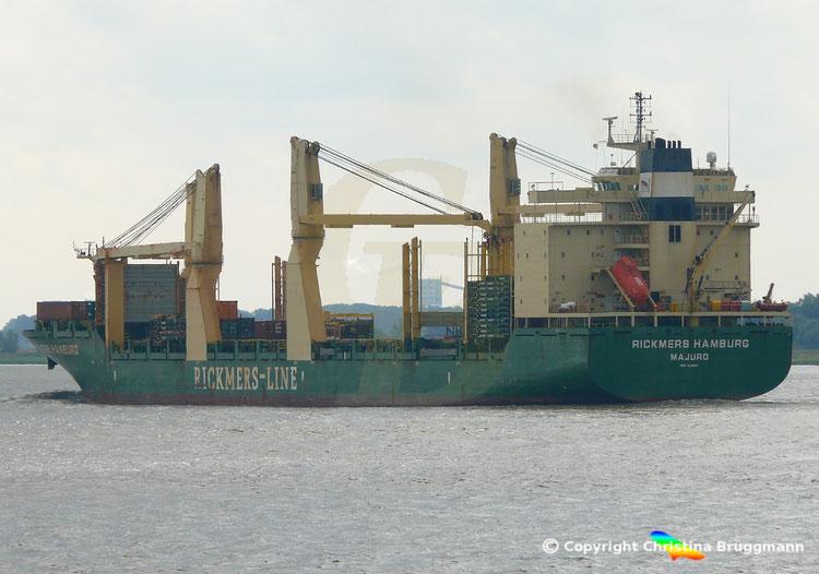 RICKMERS HAMBURG  der Rickmers-Lines auf der Elbe 24.08.2018