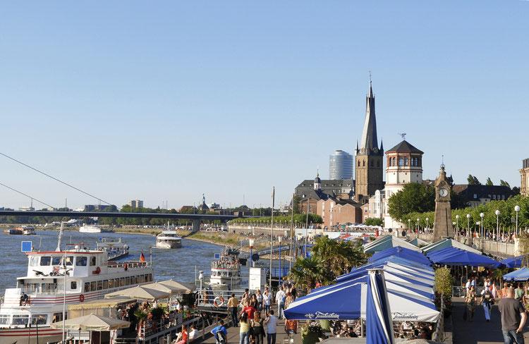 Altstadt, Rheinufer