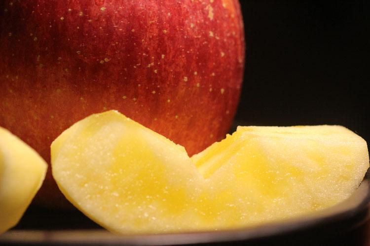 長野県産蜜入りりんご