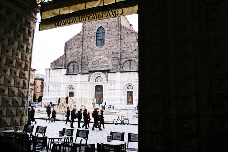 Bologna Italy City Guide ofpenguinsandelephants of penguins & elephants basilica di san petronio