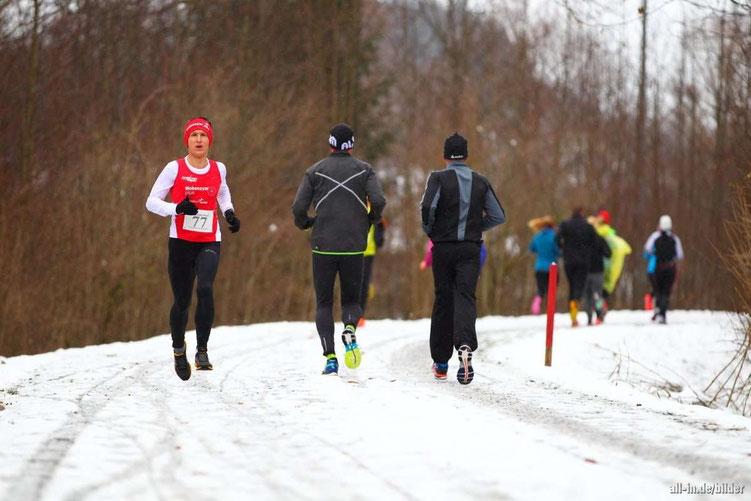 Eisiger, verschneit-verregneter Vorbereitungslauf in Immenstadt - 7. Gesamtrang über 10,3 Km in 36:45 Minuten (Bild: Christoph Specht / all-in.de)