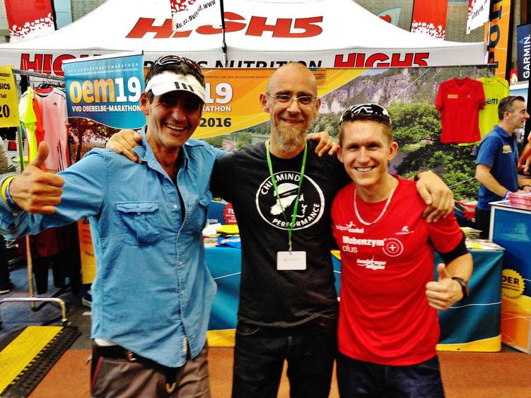 Edi, Hans-Peter Danneberg von ChiamindPerformance und Ich auf der Marathonmesse