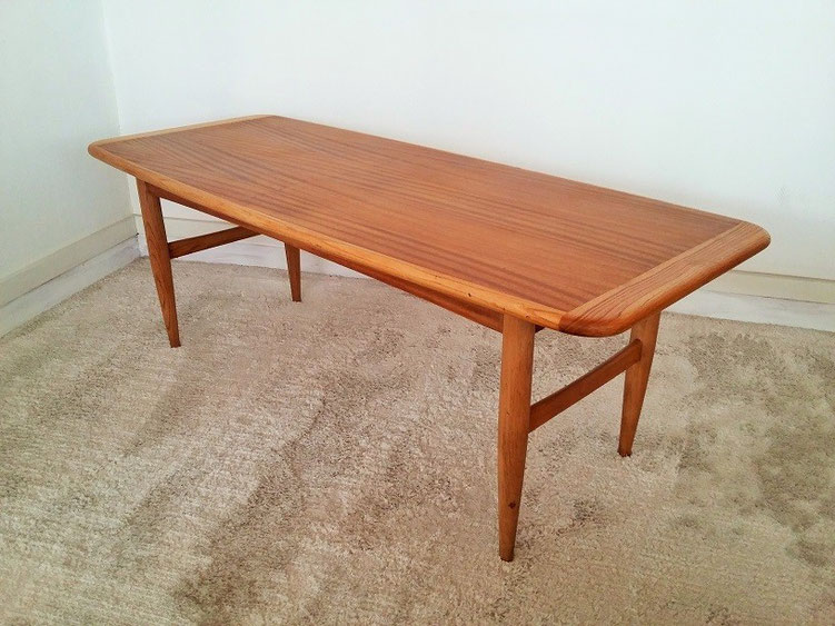 Table basse scandinave vintage muros design et vintage for Grande table basse scandinave