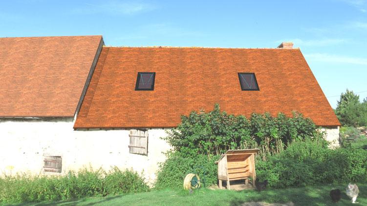 Rénovation de toiture et installation de velux par montage photo pour le dossier de déclaration de travaux