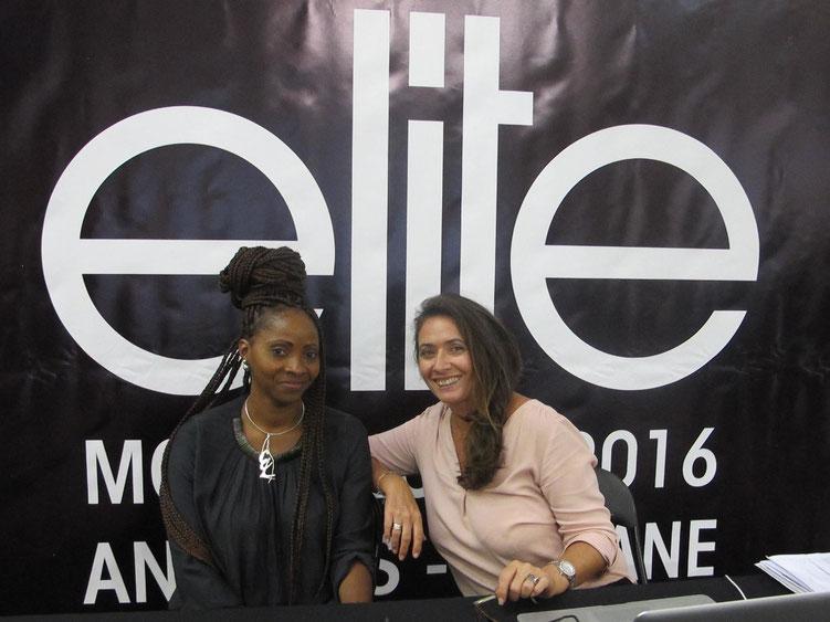 La styliste guadeloupéenne Eliette Lesuperbe et Valérie Parratte, agent organisateur du concours Elite Model Look Antilles-Guyane.