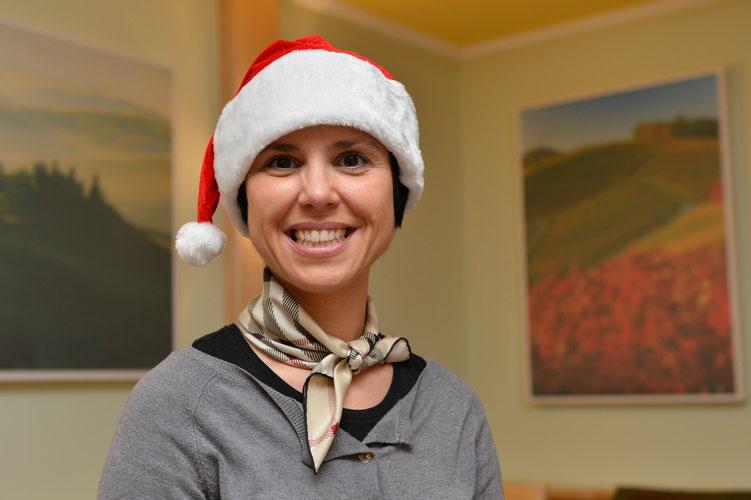 Manuela macht auch als Weihnachtsfrau eine gute Figur...