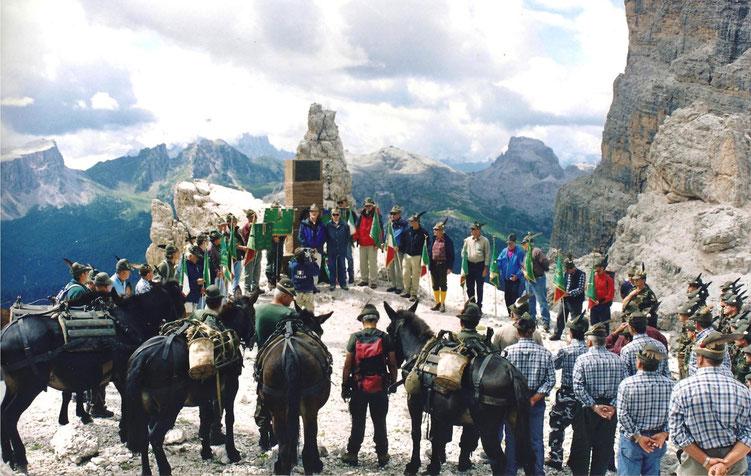 Cortina d'Ampezzo (BL)   -   Forcella di Fontana Negra   -   Cippo Gen. Antonio Cantore
