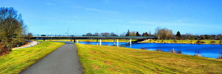 Karl- Carsten- Brücke