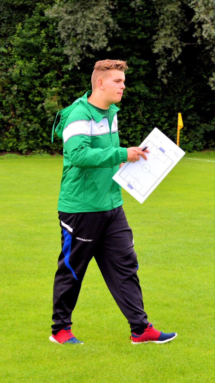 Fußball - 07 - Der Trainer