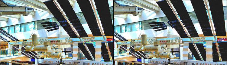 Modell der ISS im Flughafen Bremen