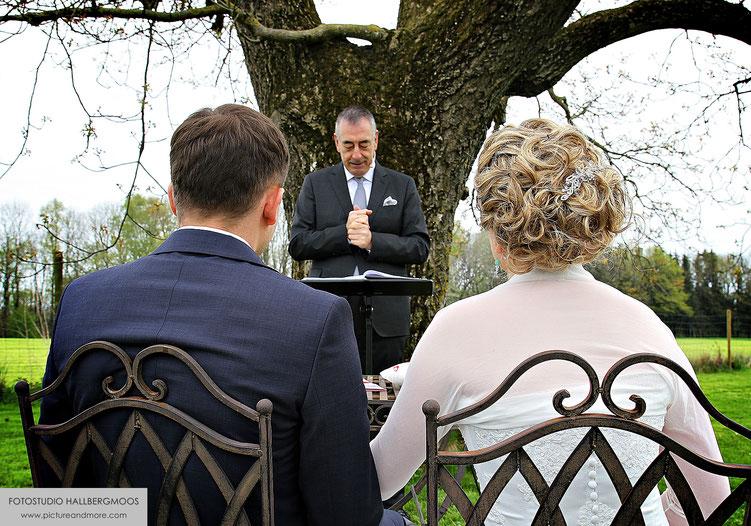 Kunstvolle Hochzeitsbilder - Iris Besemer Fotostudio Hallbergmoos - picture&more FOTOGRAFIE international www.pictureandmore.com