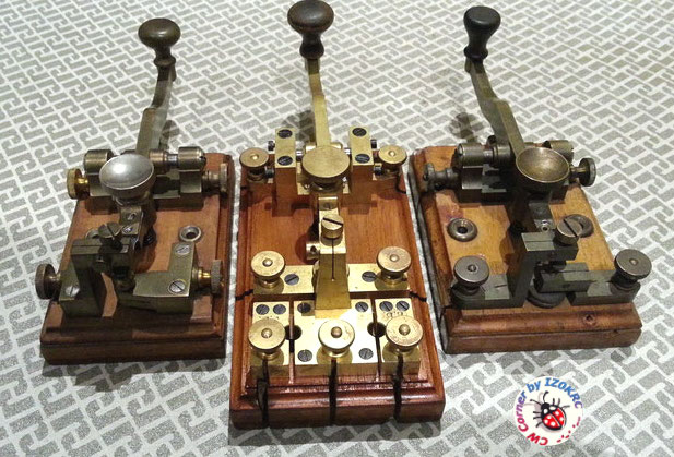 Öller Telegraph key 1857  -  Comparsion with 3rd productions