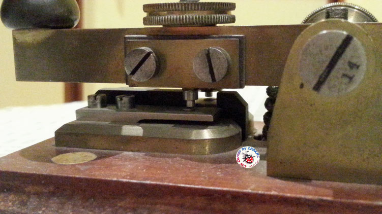 Hasler Telegraph key  for Duplex morse system  -  particular of rear/left electrical contact